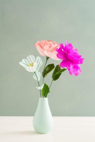 tissue paper the flowers on vase